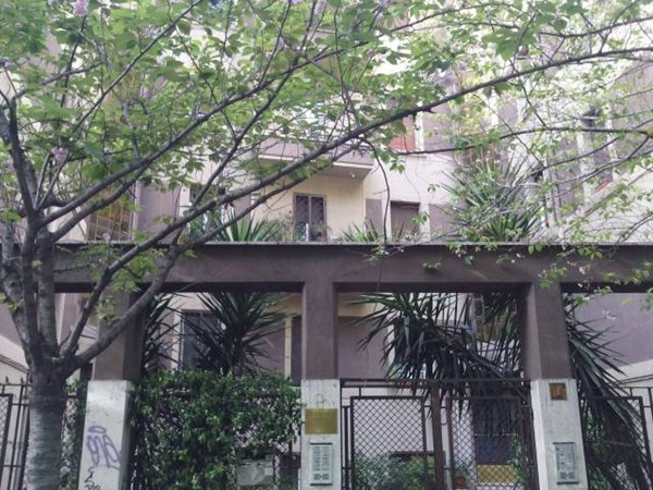 Location Appartement 2 pièces 65m² Roma