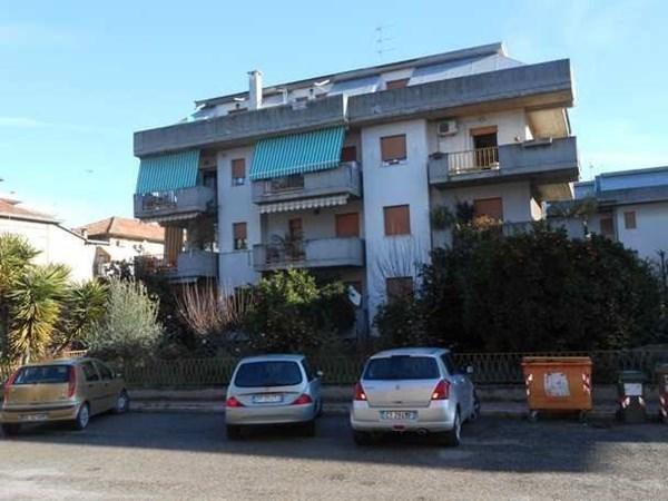 Vente Appartement 4 pièces 96m² Grottammare