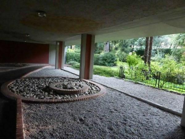 Vente  180m² Varese