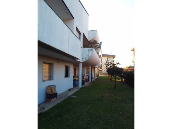 Vente  485m² Zibido San Giacomo