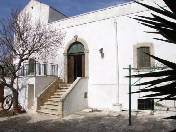 Vente  1100m² Alberobello