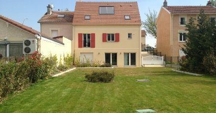 Maison  4 pièces + Terrain 818 m² Crécy la Chapelle (77580) par MAISONS PIERRE