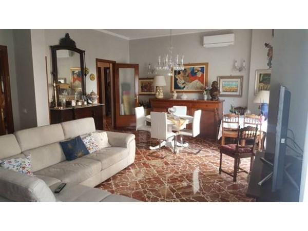 Vente Appartement 6 pièces 165m² Palermo