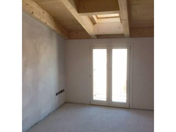Vente Appartement 4 pièces 166m² Brescia