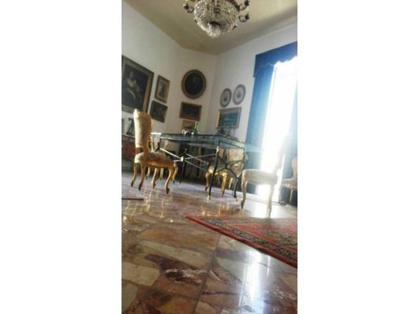 Vente Appartement 4 pièces 240m² Napoli