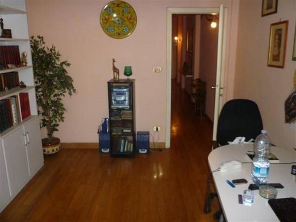 Vente Appartement 4 pièces 95m² Viareggio