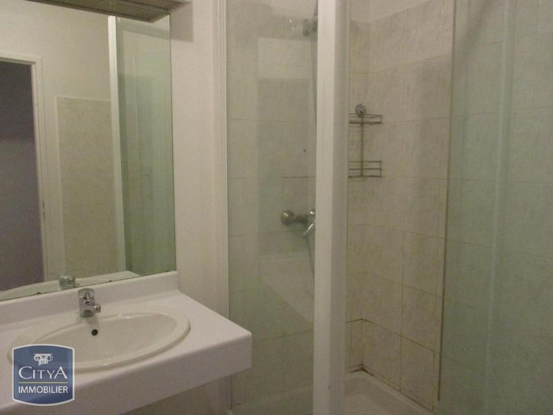 location appartement 3 pi ces corbeil essonnes appartement f3 t3 3 pi ces 65 15m 815 mois. Black Bedroom Furniture Sets. Home Design Ideas