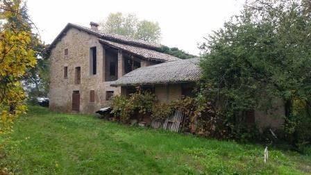 Vente Maison 6 pièces 250m² Maranello