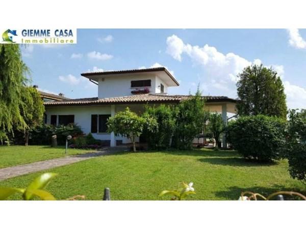 Vente  200m² Calvagese Della Riviera