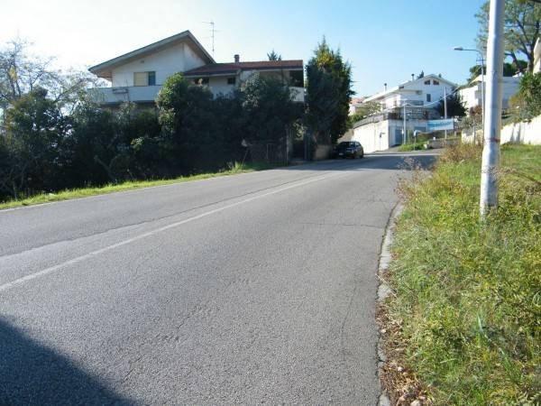 Vente Terrain 3910m² Montesilvano