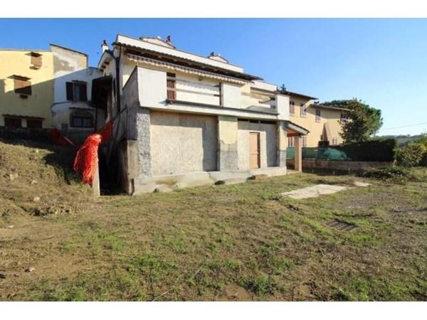 Vente Maison 6 pièces 260m² Montespertoli
