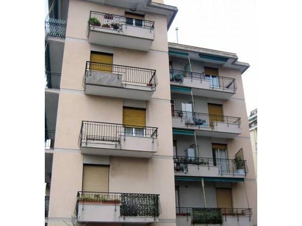 Vente Appartement 3 pièces 127m² Genova