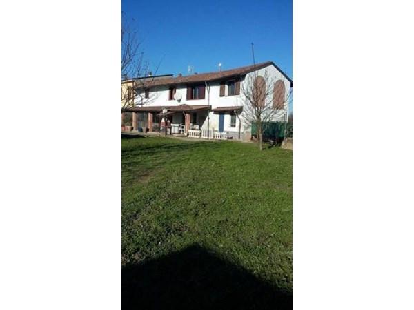 Vente Maison 5 pièces 200m² Santo Stefano Lodigiano