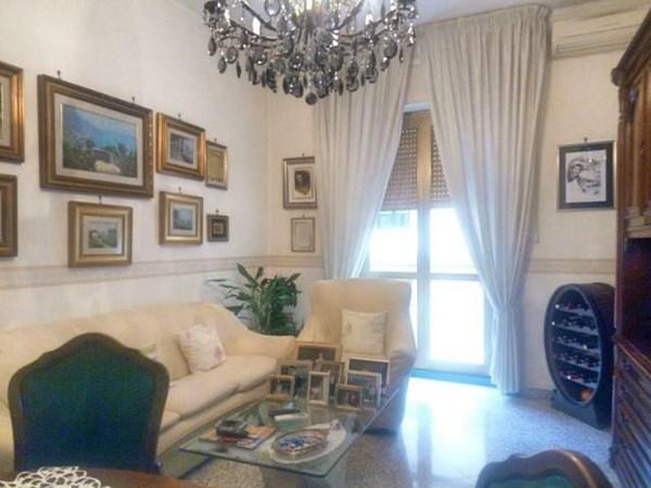 Vente Appartement 3 pièces 80m² Salerno