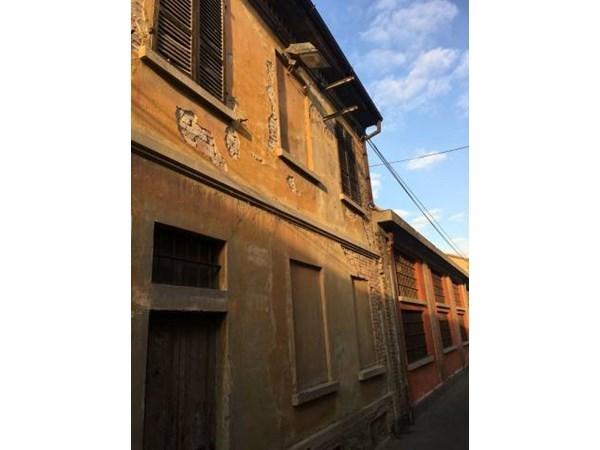 Vente Maison 6 pièces 1200m² Piacenza