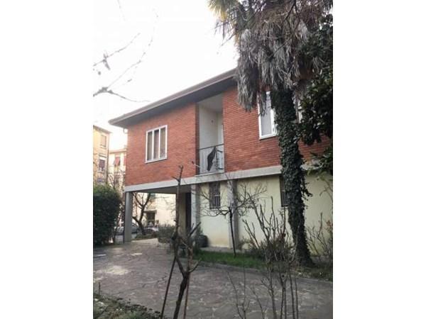 Vente  200m² Bergamo