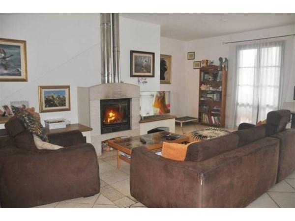 Vente Appartement 6 pièces 160m² Casale Marittimo