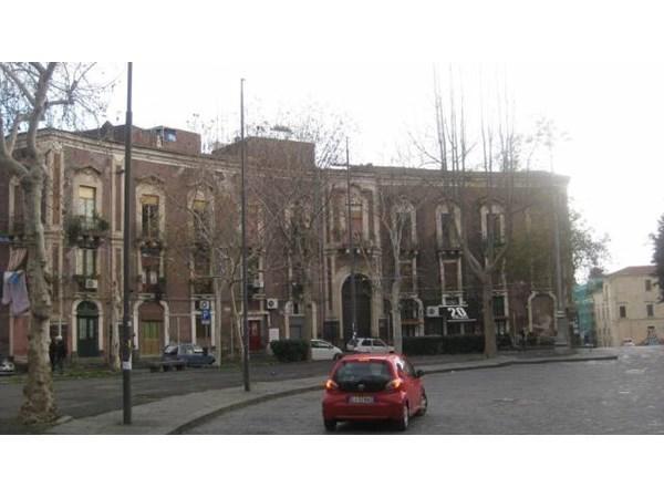 Vente  80m² Catania