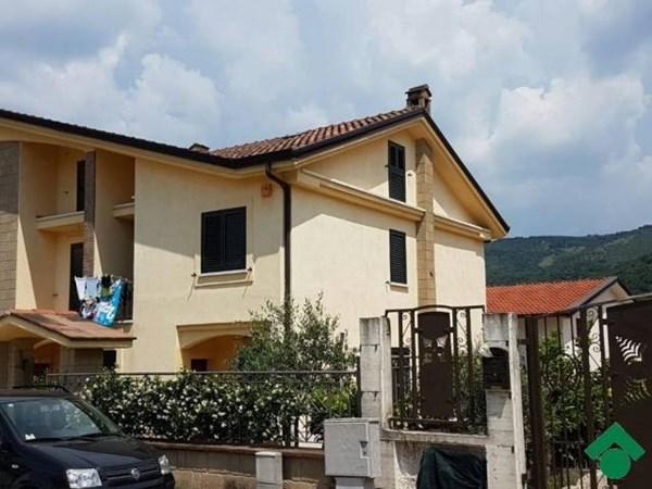 Vente  250m² Sant'Agata De' Goti