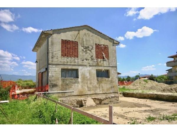 Vente Maison 5 pièces 144m² Quarrata