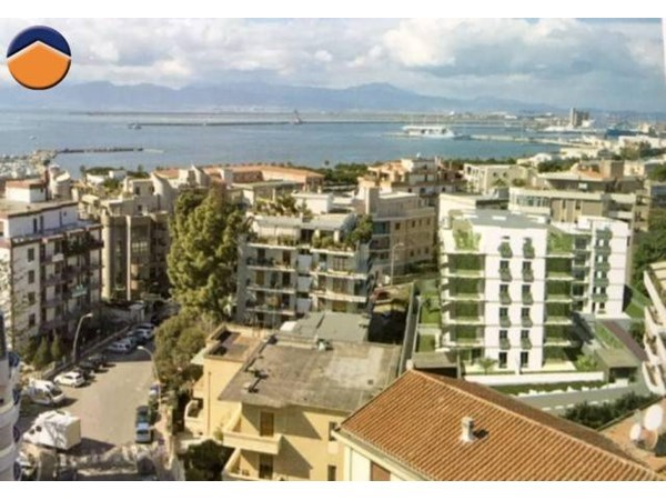 Vente Appartement 3 pièces 81m² Cagliari
