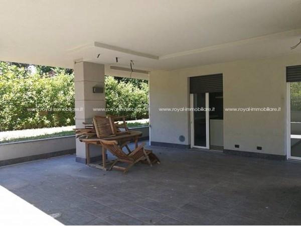 Vente Appartement 3 pièces 115m² Parabiago