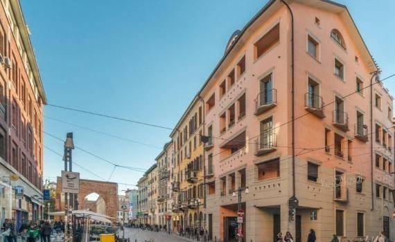 Vente Appartement 2 pièces 100m² Milano