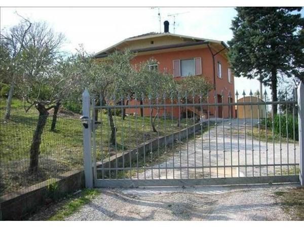 Vente Maison 6 pièces 200m² Saludecio