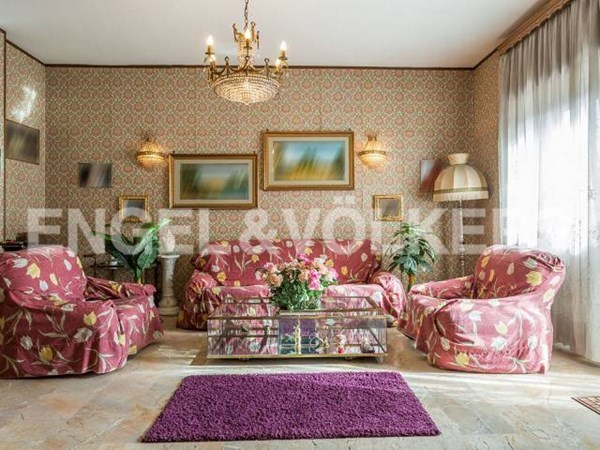 Vente Appartement 5 pièces 180m² Roma