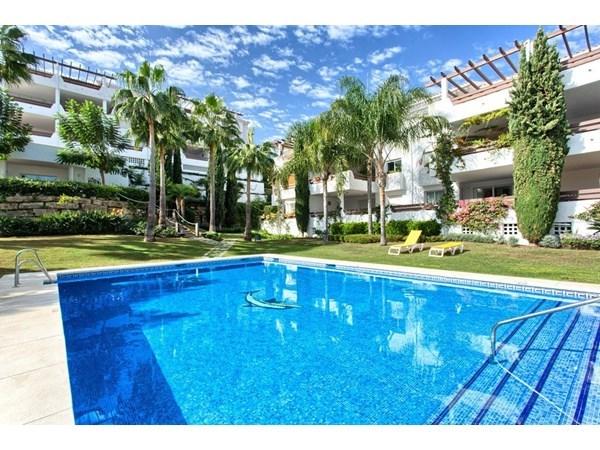 Vente Appartement 2 pièces 93m² Estepona