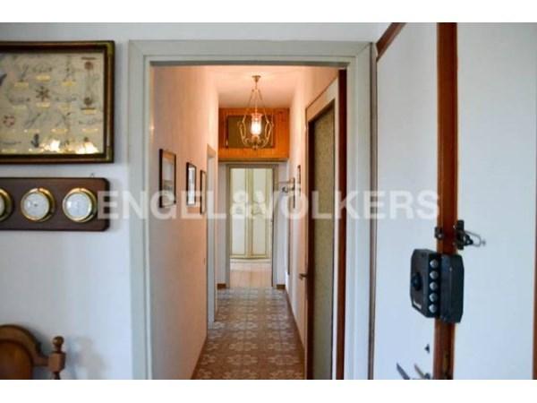 Vente Appartement 6 pièces 82m² Camaiore