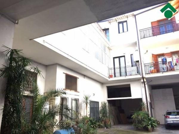 Vente Maison 6 pièces 453m² Acerra