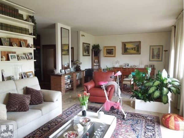 Vente Appartement 4 pièces 180m² Padova