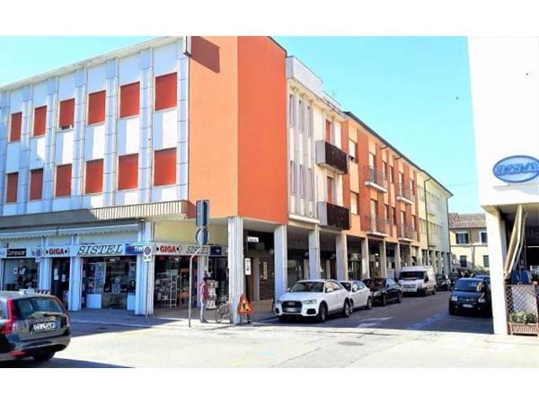 Vente Appartement 5 pièces 100m² Cervia