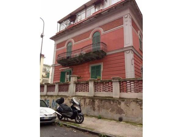 Vente Appartement 5 pièces 125m² Napoli