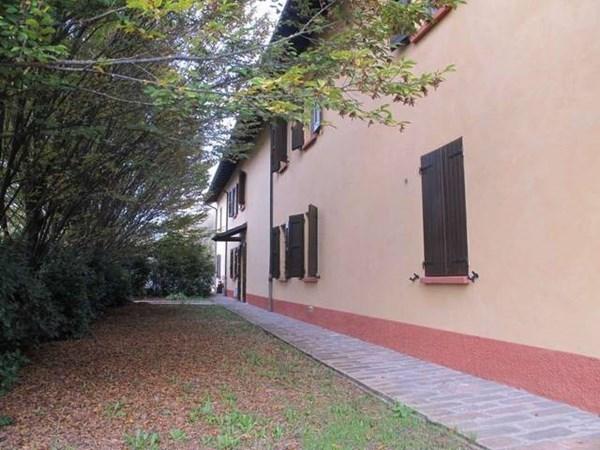 Vente  320m² Modena