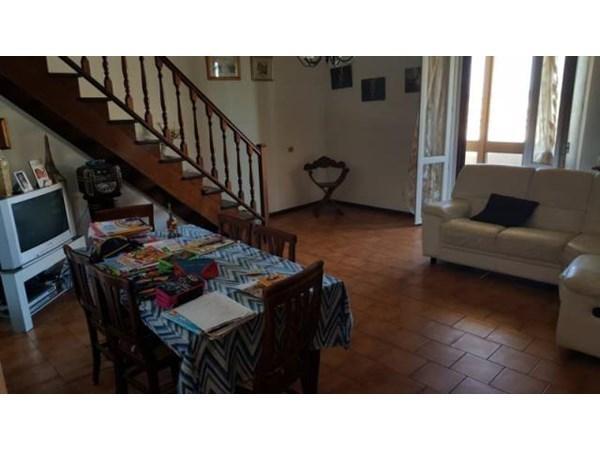 Vente Maison 4 pièces 246m² Montemarciano