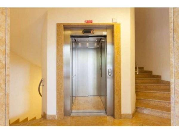 Vente Appartement 3 pièces 158m² Milano