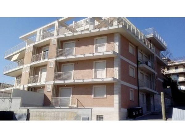 Vente Appartement 3 pièces 114m² Roma