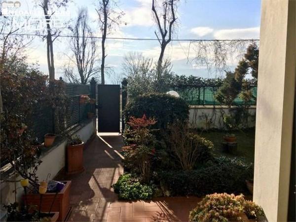 Vente Maison 6 pièces 184m² Modena