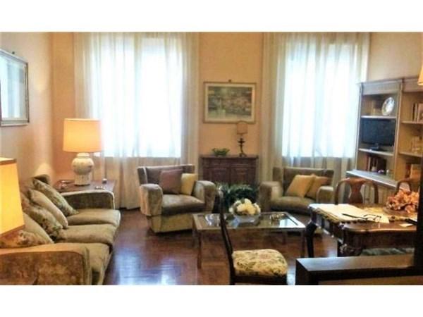 Vente Appartement 4 pièces 100m² Firenze