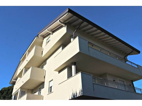 Vente Appartement 3 pièces 90m² Seregno