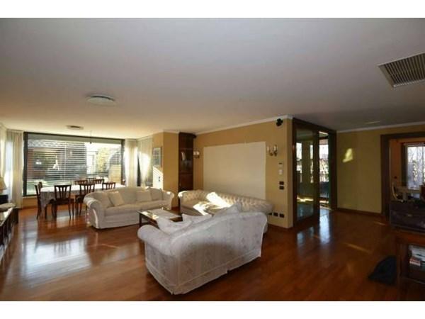Vente Appartement 5 pièces 300m² Buccinasco