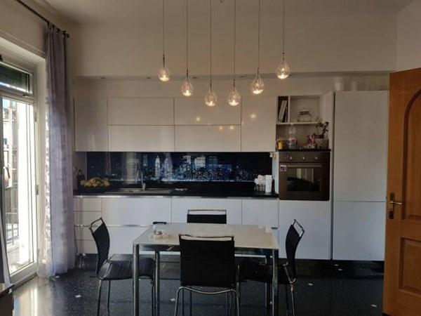 Vente Appartement 3 pièces 92m² Genova