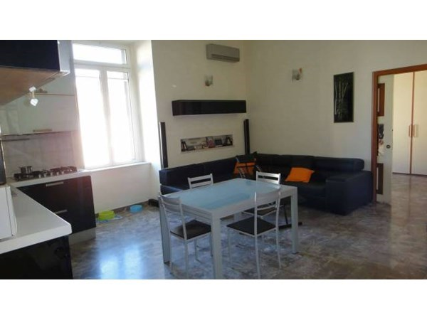 Vente Appartement 6 pièces 225m² Napoli