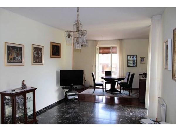 Vente Appartement 4 pièces 141m² Cagliari