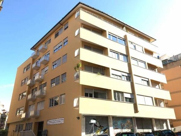 Vente Appartement 3 pièces 83m² Roma