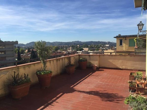 Vente Appartement 5 pièces 155m² Firenze