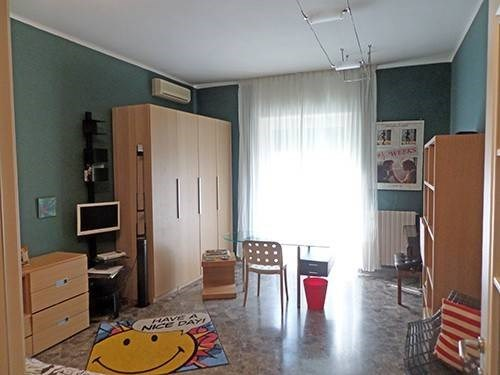 Vente Appartement 5 pièces 155m² Bari