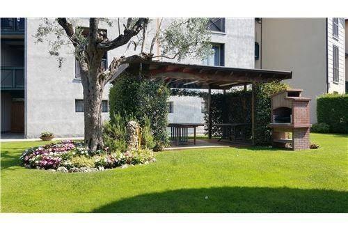 Vente Appartement 4 pièces 240m² Lurago D'Erba